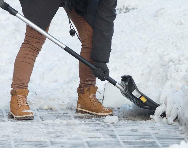 snow-shoveling-feat